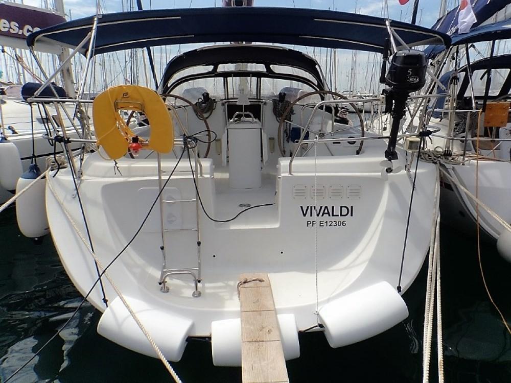 Boat rental Poncin Yachts Harmony 52 in Athens on Samboat
