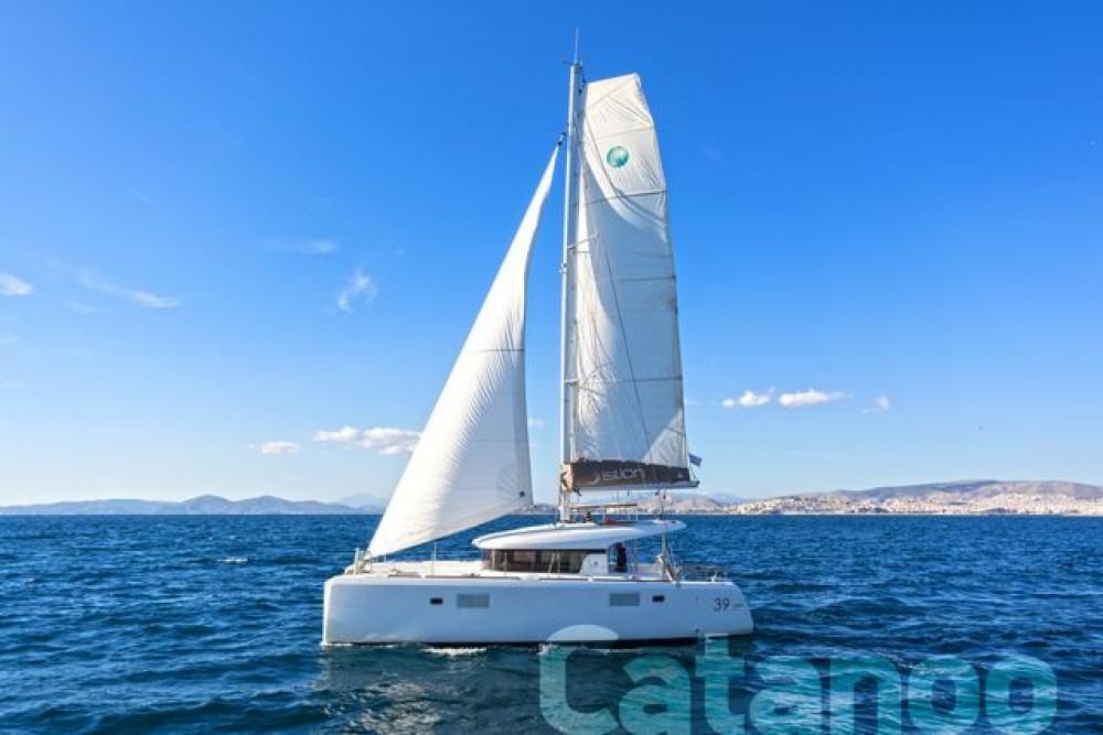 Boat rental Athens cheap Lagoon 39