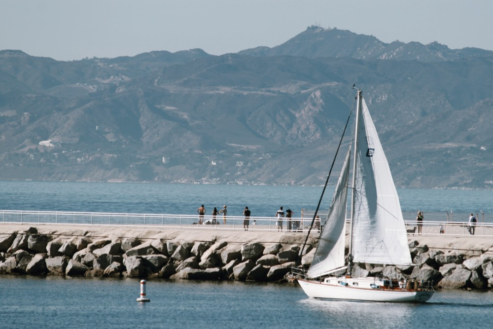 Boat rental Los Angeles cheap First 28