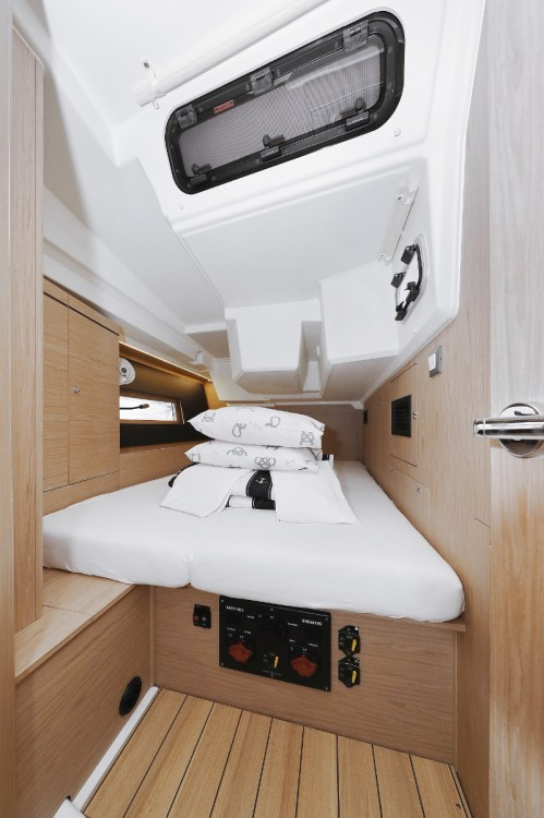 Boat rental Bénéteau Oceanis 46.1 in Croatia on Samboat