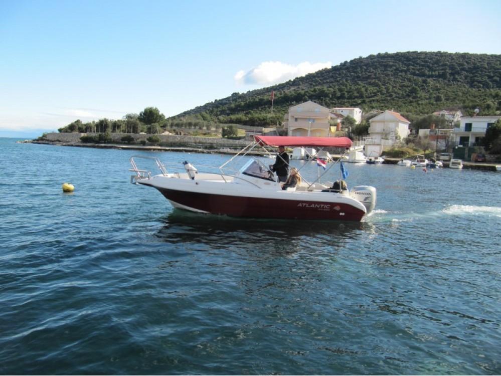 Rental yacht Vinišće - Atlantic Atlantic 650 on SamBoat