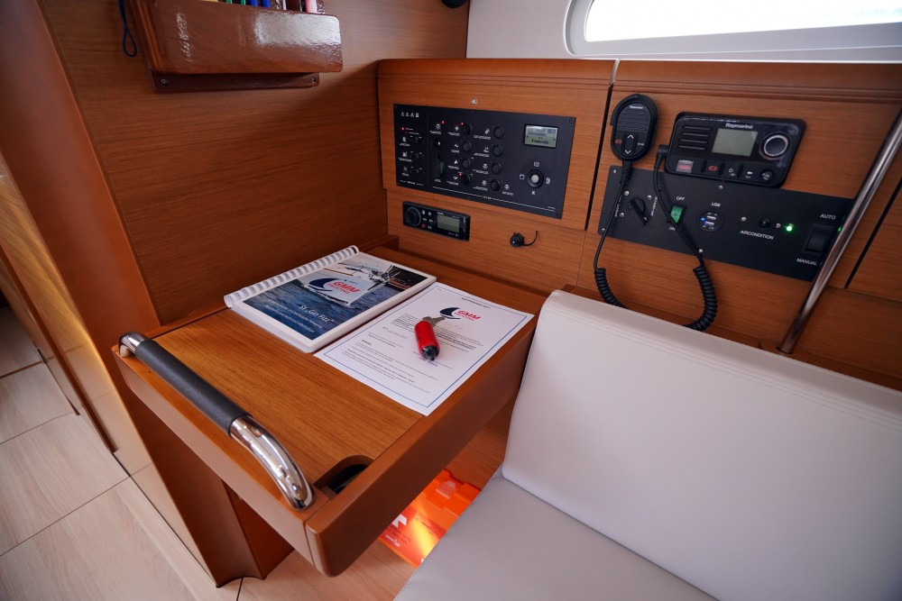 Rental Sailboat in Marmaris - Jeanneau Sun Odyssey 389