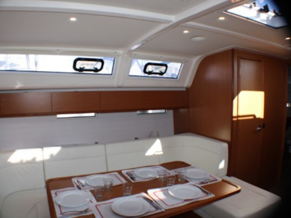 Hire Sailboat with or without skipper Bavaria Golfo Aranci
