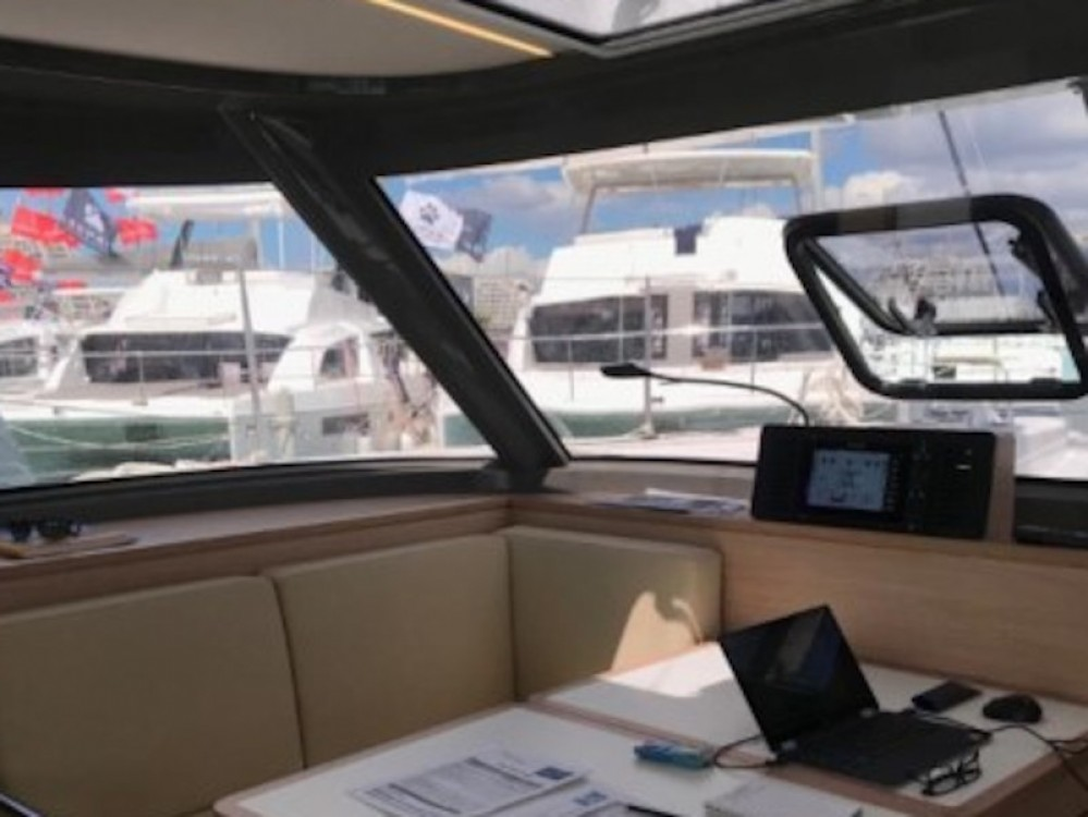 Boat rental Nautitech Nautitech Open 40 in Golfo Aranci on Samboat
