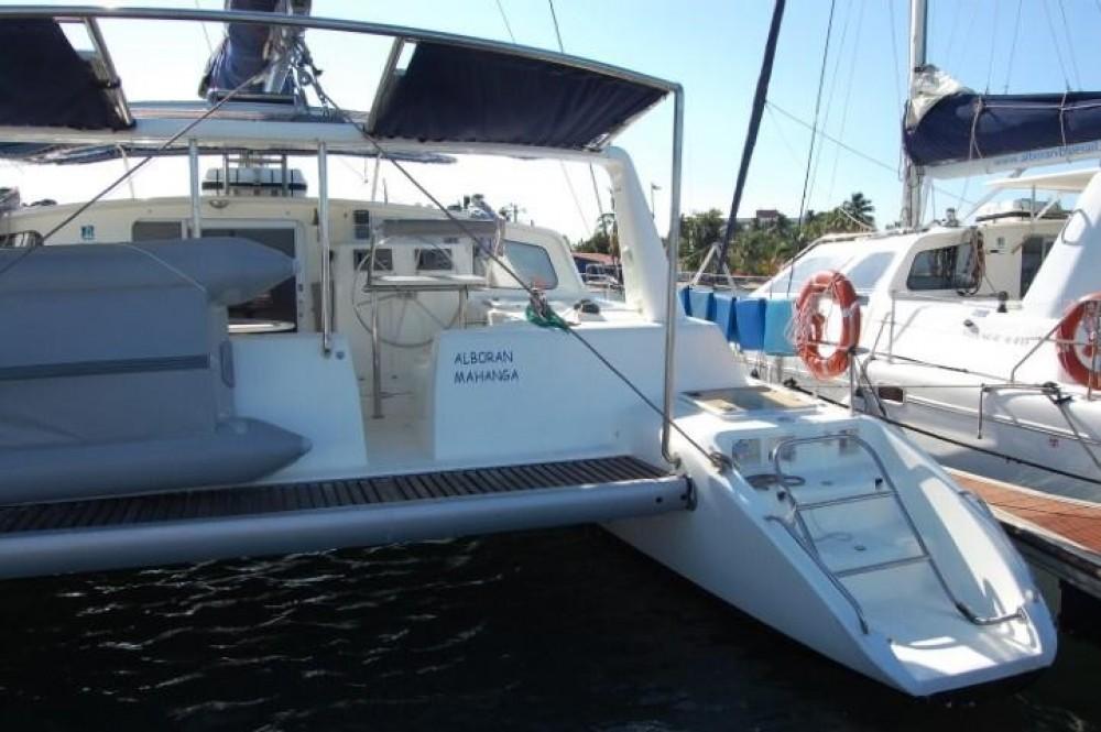 Rental Catamaran in Palma - Voyage yachts Voyage 440