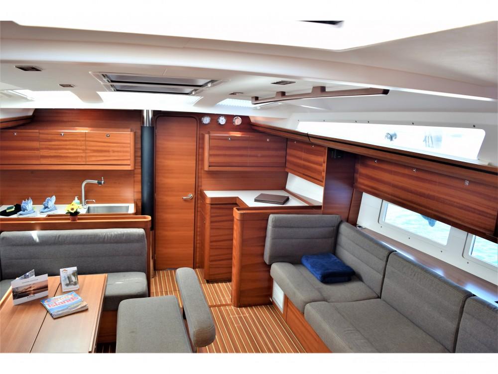 Rental yacht Arrecife - Dufour Dufour 512 GL on SamBoat