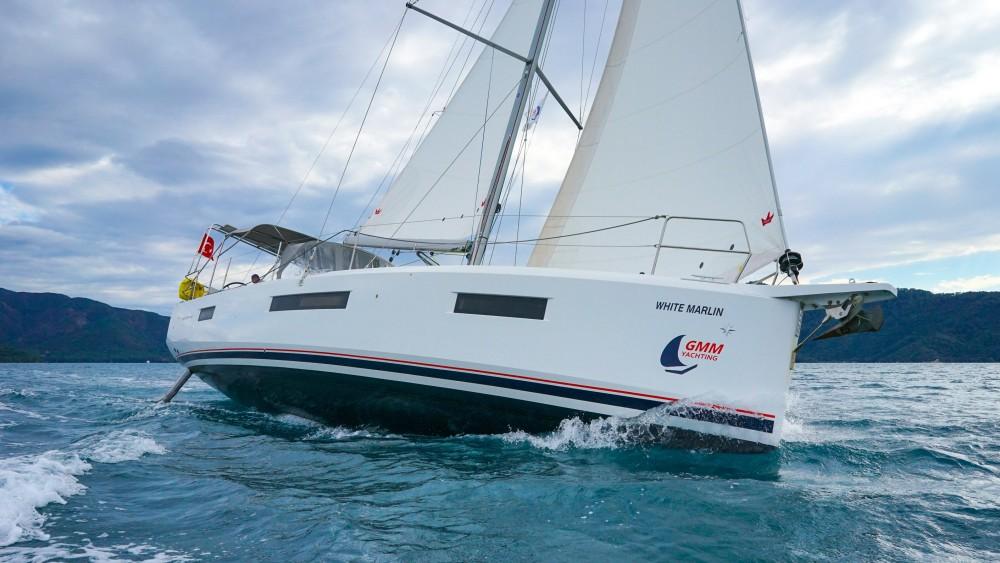 Boat rental Jeanneau Sun Odyssey 440 - 3 Cabins in Marmaris on Samboat