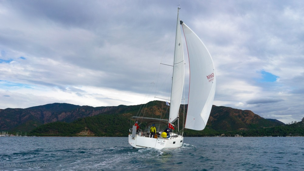 Jeanneau Sun Odyssey 440 - 3 Cabins between personal and professional Marmaris