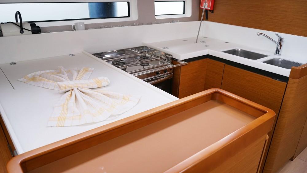Rental Sailboat in Marmaris - Jeanneau Sun Odyssey 440 - 3 Cabins