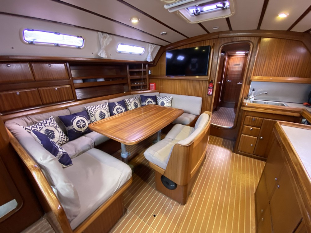 Sailboat for rent Palma at the best price