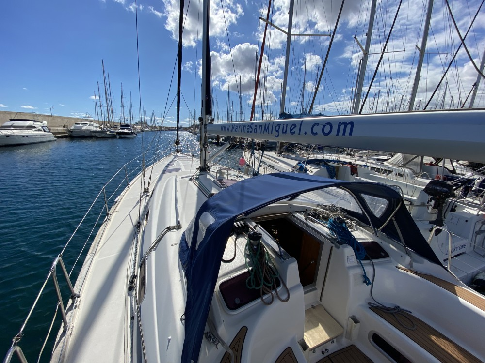 Hire Sailboat with or without skipper Bavaria Palma de Majorque