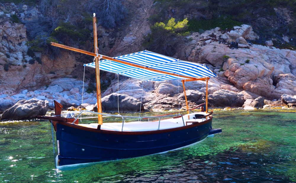 Hire Motor boat with or without skipper Capeador Calella de Palafrugell