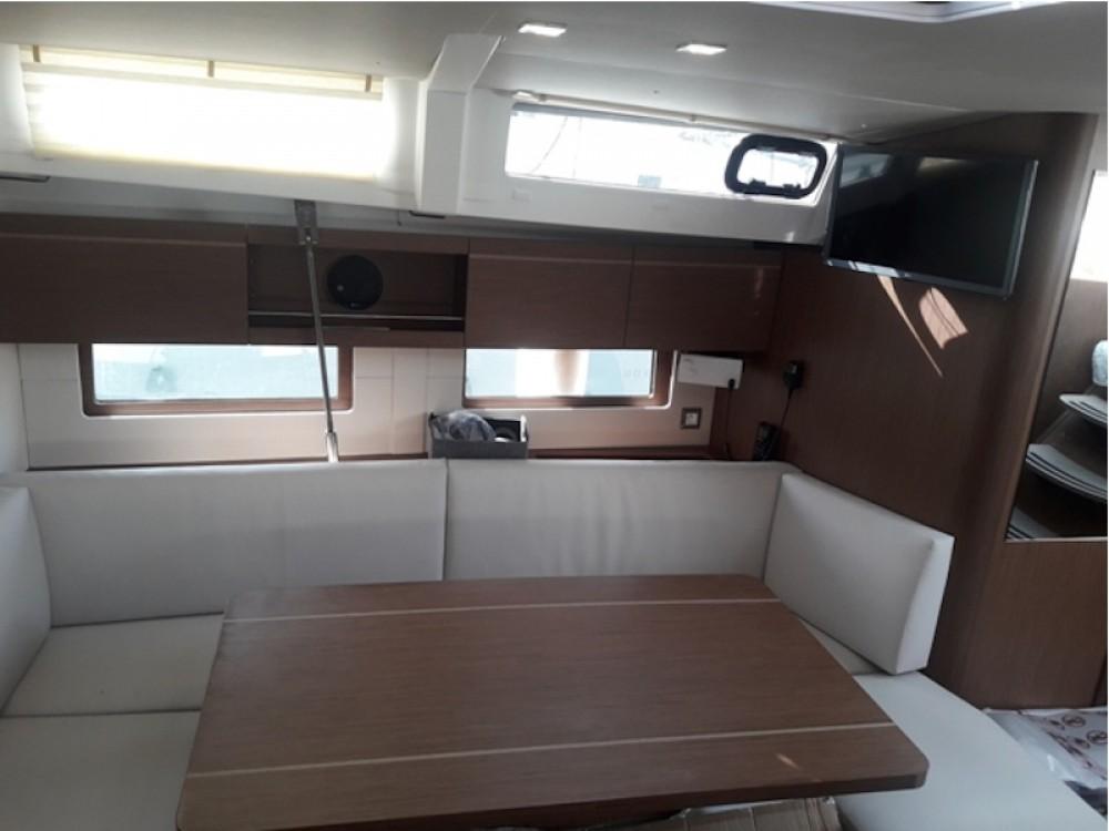 Boat rental Laurium cheap Oceanis 461