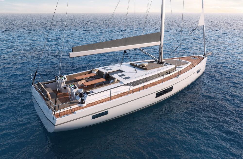 Boat rental Bavaria Bavaria C57 Style in Laurium on Samboat