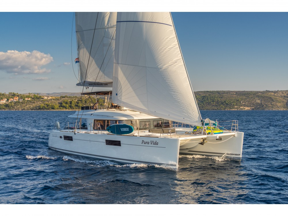 Rental yacht Split - Lagoon Lagoon 560 S2 (2016) equipped with generator, AC (saloon+cabins), water maker, ice maker, microwave oven, dishwasher, underwater lights, 2 X S.U.P. , water ski & tube, 8 snorkel. sets on SamBoat