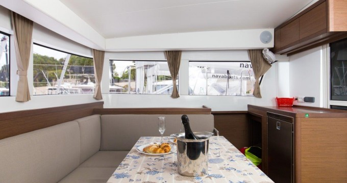 Rental Catamaran in Split - Lagoon Lagoon 40