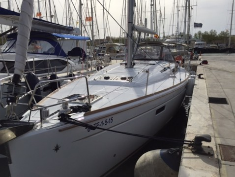 Jeanneau Sun Odyssey 509 between personal and professional Marina del Sur