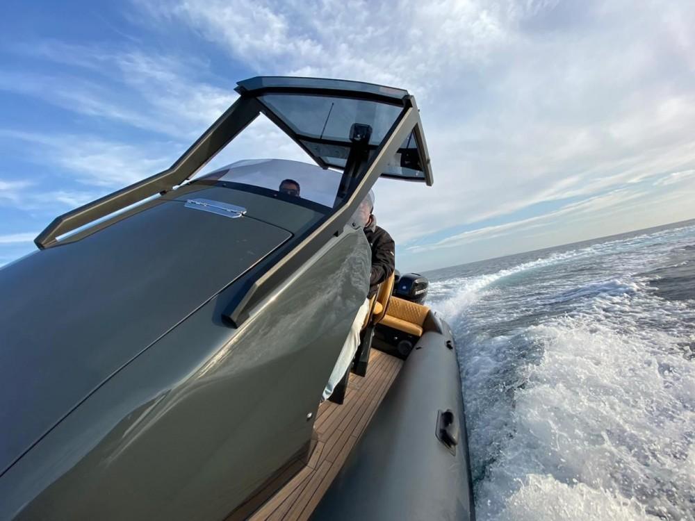 Boat rental Ribco Seafarer 33 in Zadar on Samboat
