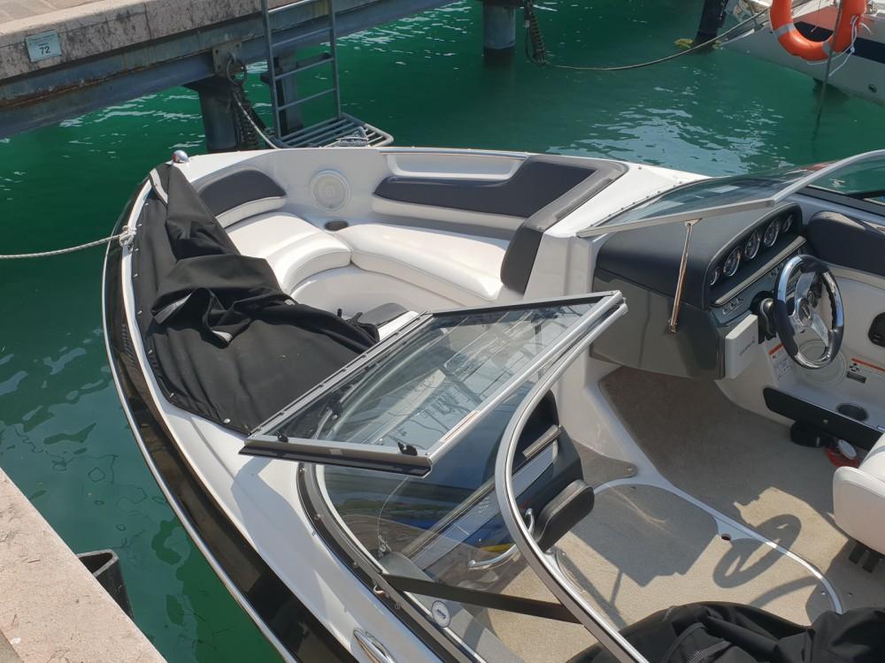 Rental yacht Moniga del Garda - Four Winns Horizon 200 on SamBoat