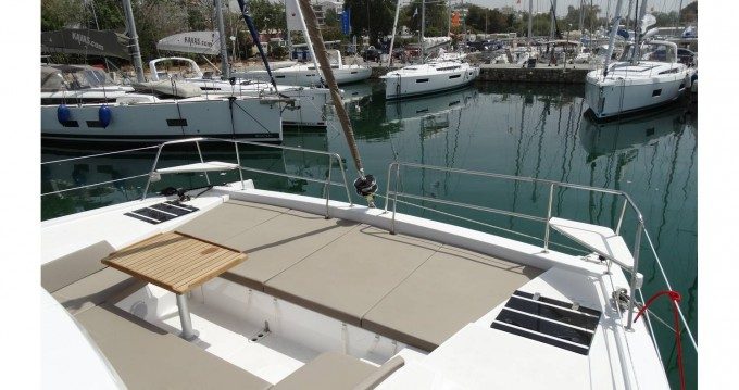 Hire Catamaran with or without skipper Catana Péloponnèse