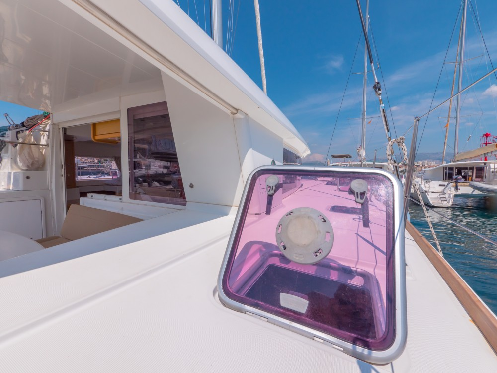 Rental Catamaran in Split - Lagoon Lagoon 400