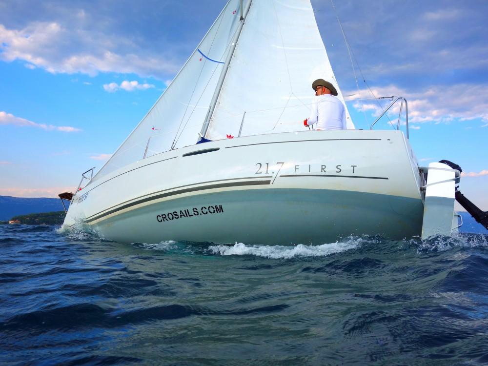 Rental yacht Split - Bénéteau Beneteau First 21.7 on SamBoat