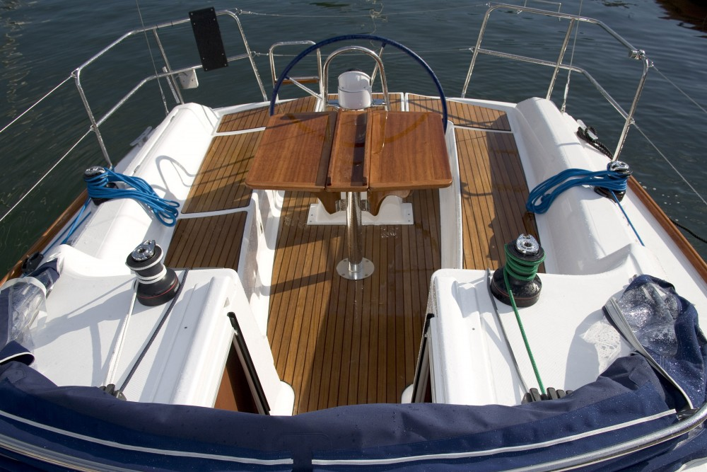 Boat rental Pula cheap Dufour 325