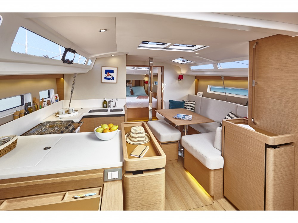 Rental Sailboat in Pula - Jeanneau Sun Odyssey 440/3cab.