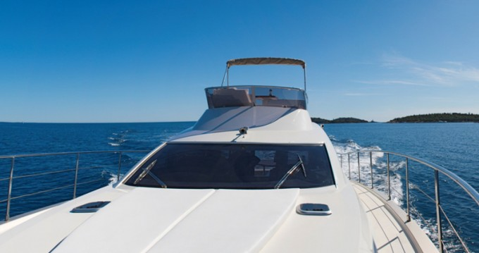 Boat rental Rovinj cheap Cyrus 13.8 Flybridge