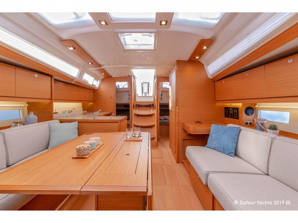 Rental Sailboat in Noord-Beveland - Dufour Dufour 390 Grand Large
