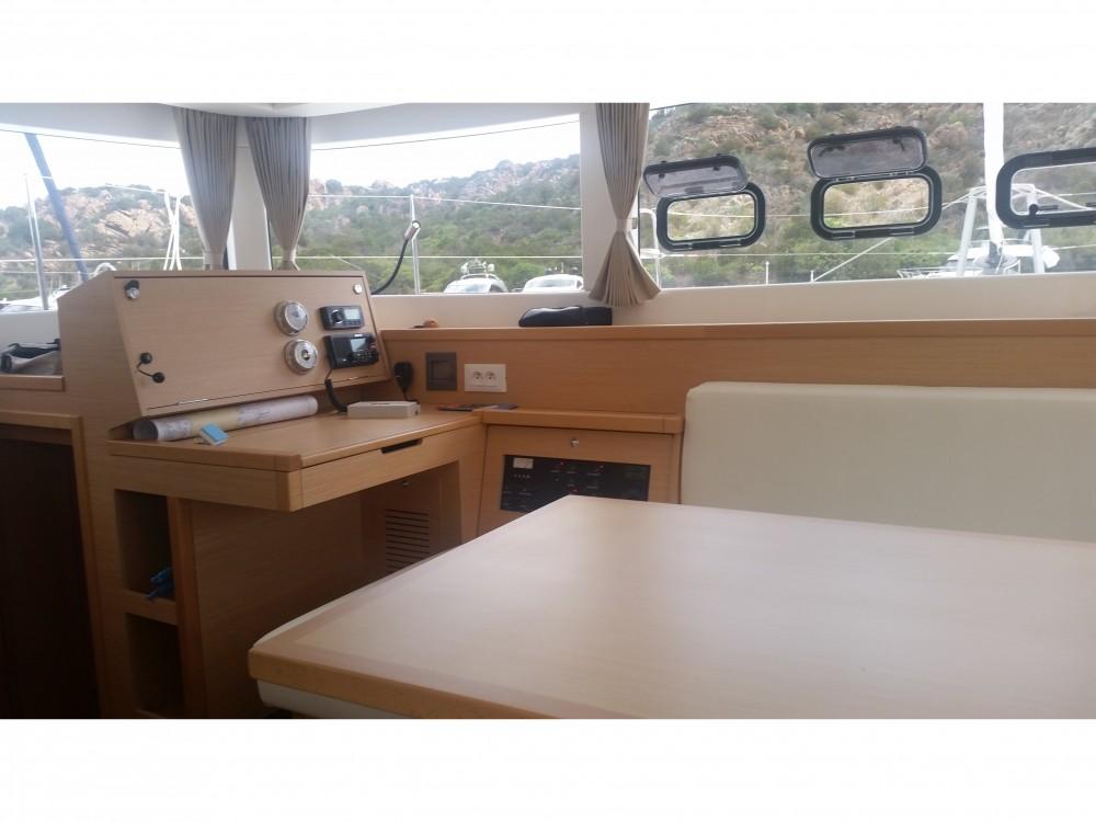 Rental yacht Poltu Quatu - Lagoon Lagoon 39 on SamBoat