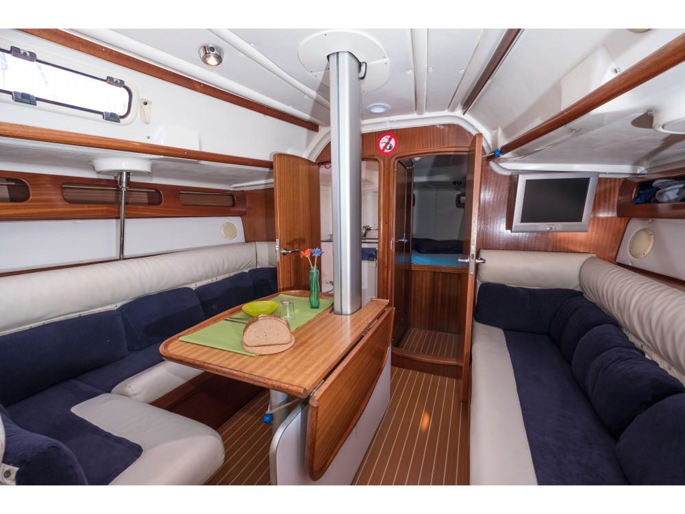 Rental yacht Castiglioncello - Bavaria Bavaria 38 Match on SamBoat