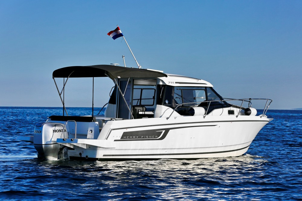 Boat rental Grad Zadar cheap Merry Fisher 795