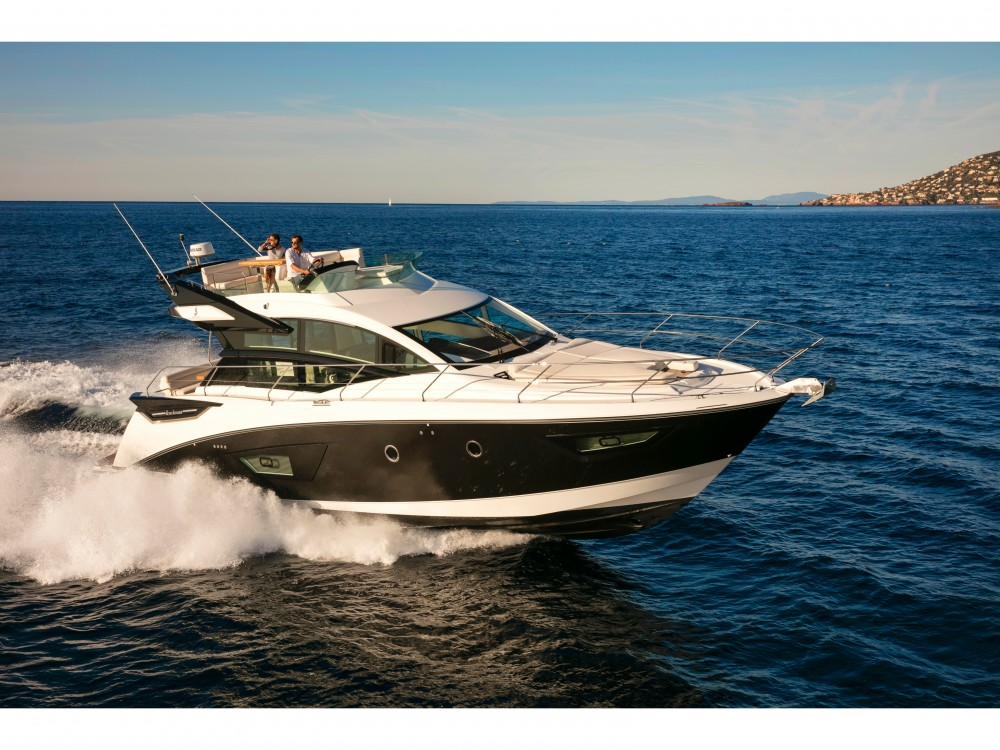 Hire Motor boat with or without skipper Bénéteau Split