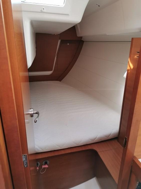 Rental Sailboat in Trogir - Dufour Dufour 350 Grand Large