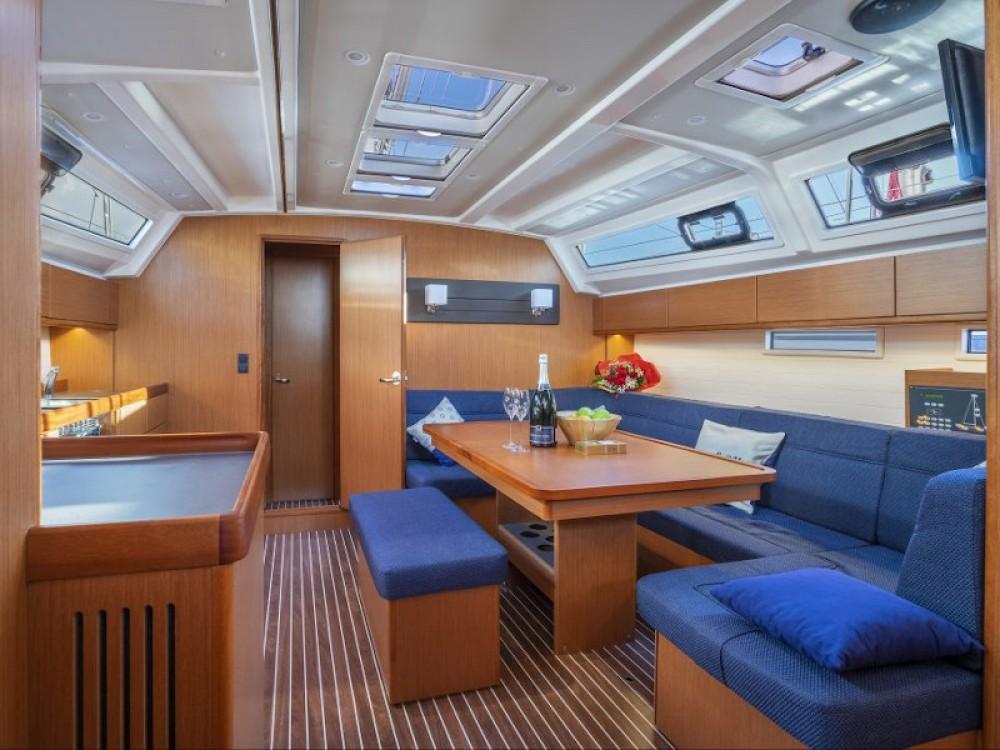 Boat rental Bavaria Bavaria 46 in  on Samboat