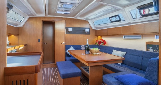 Sailboat for rent Radovići at the best price