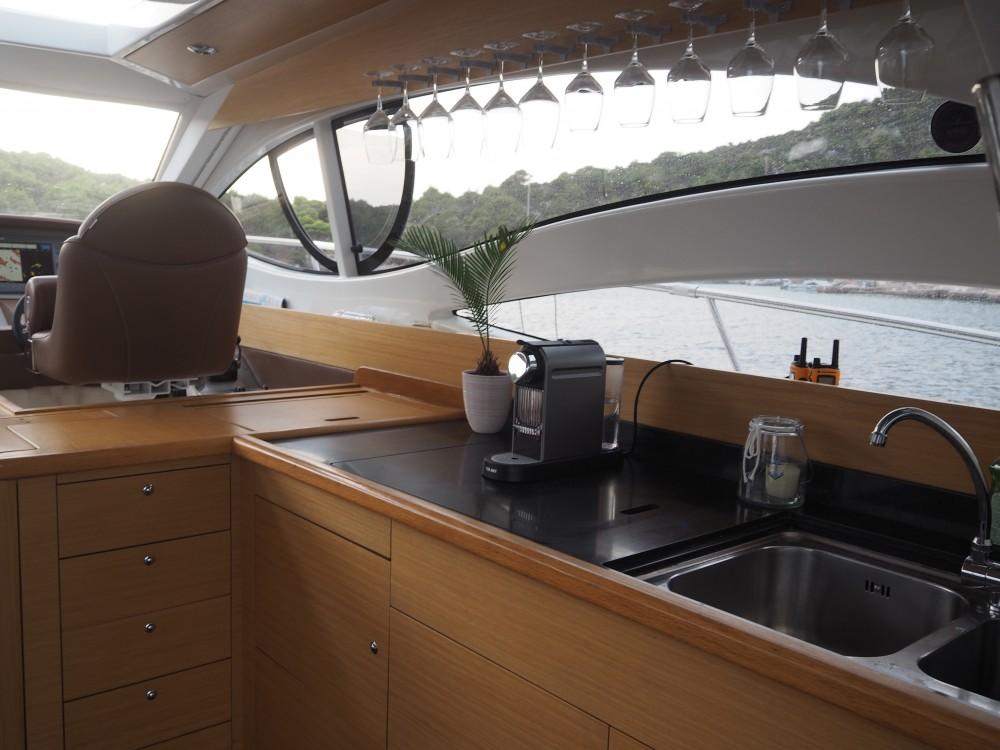 Rental Motorboat in Primošten - I&p Alena 54