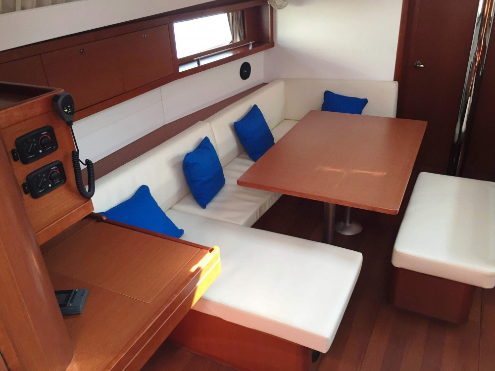 Bénéteau Oceanis 48 between personal and professional Marsala Marina