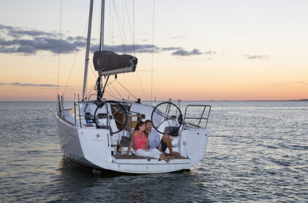 Rental yacht Laurium - Jeanneau Sun Odyssey 349 on SamBoat