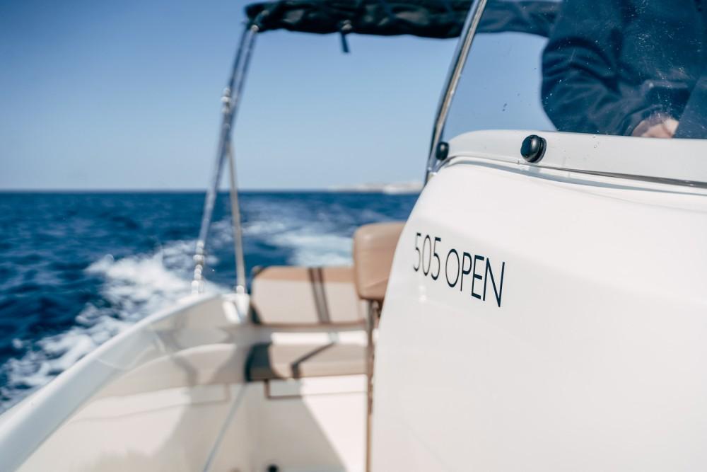 Rent a Quicksilver Activ 505 Open Marseille