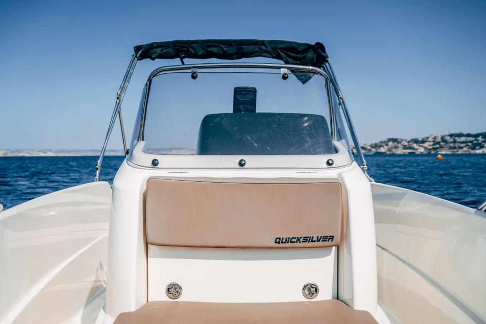 Rental Motor boat in Marseille - Quicksilver Activ 505 Open