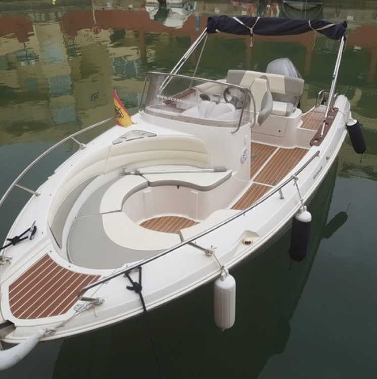 Motor boat for rent Alcúdia at the best price