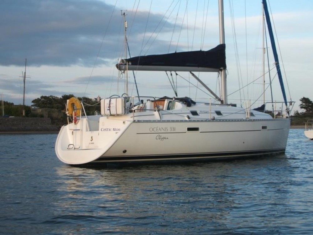 Rental Sailboat in Peloponnese, Western Greece and the Ionian - Bénéteau Oceanis 331 Clipper