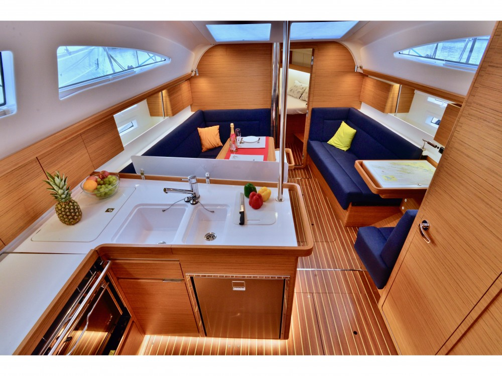 Hire Sailboat with or without skipper Elan
