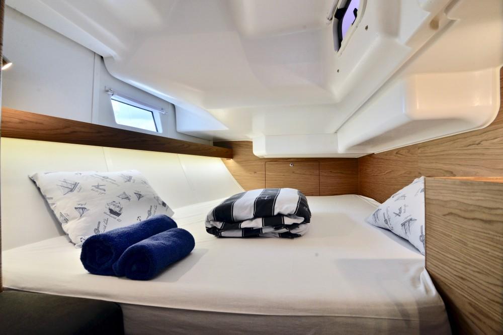 Boat rental Elan Elan 40 Impression in  on Samboat