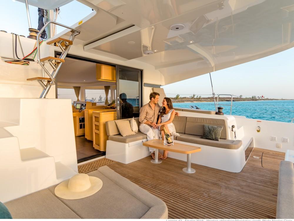 Rental yacht Biograd na Moru - Lagoon Lagoon 450  Flybridge on SamBoat