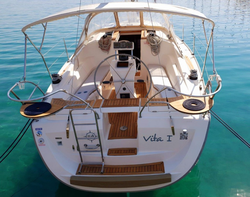 Hire Sailboat with or without skipper Elan Jezera
