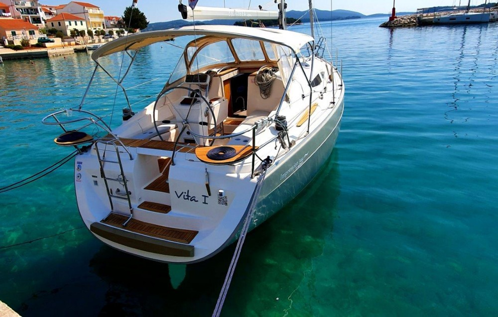 Boat rental Jezera cheap Elan 344 Impression