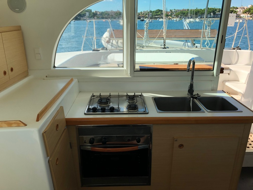 Hire Catamaran with or without skipper Lagoon Arona